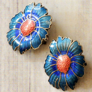 vintage blue enamel flower floral clip earrings